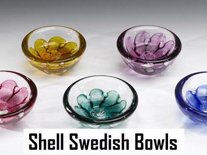 Grouping Glass Shell Bowls